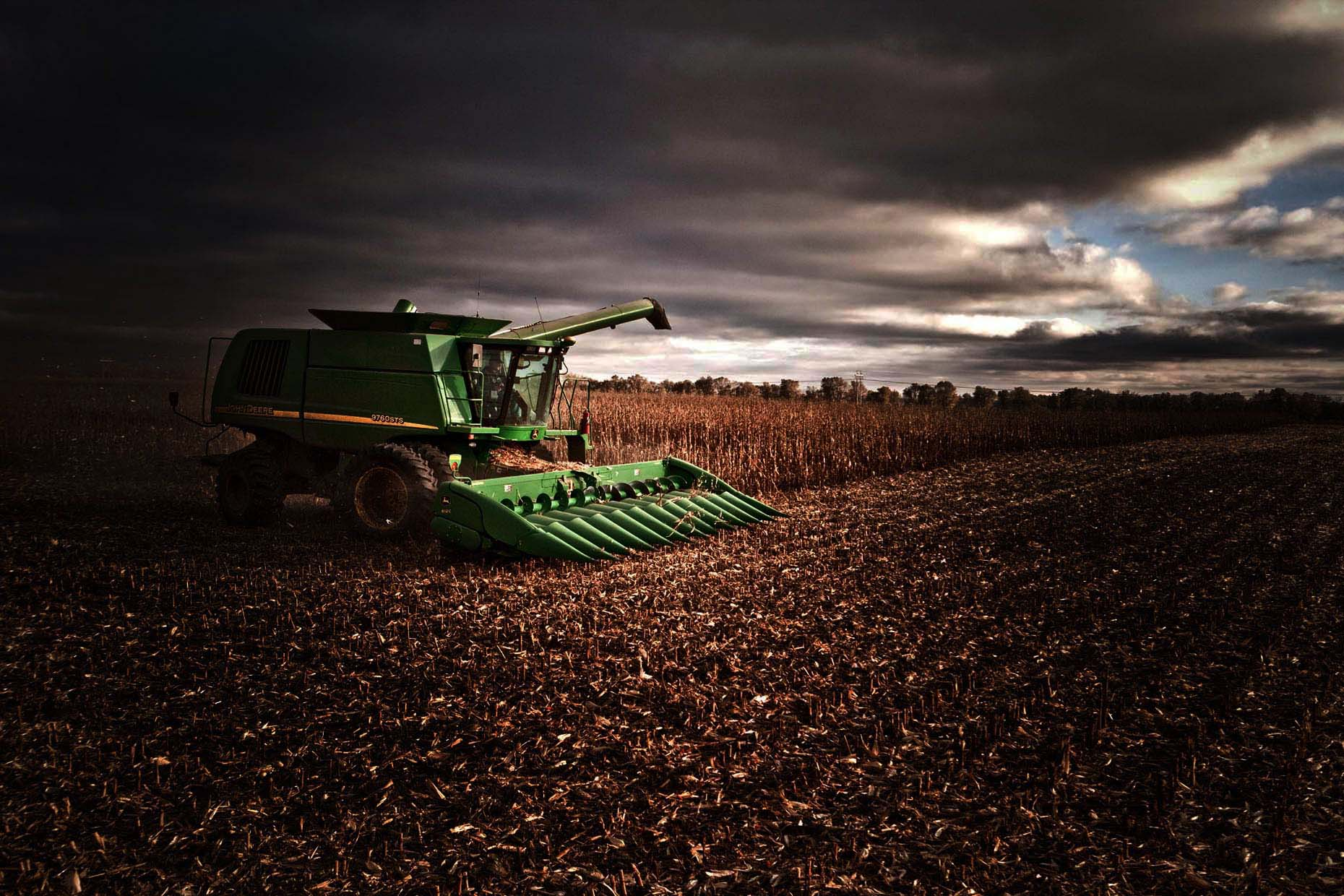 robb_long_Minnesota_corn_farming_11